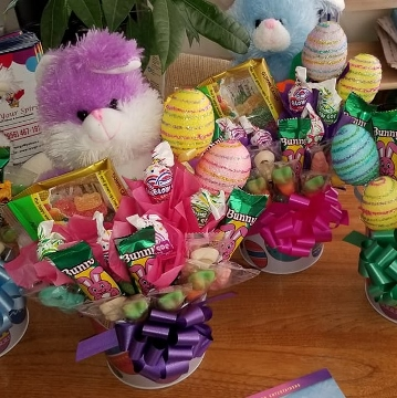 Easter Baskets – Candy Bouquets