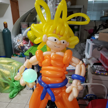Dragon Ball Z Goku – Sculptures